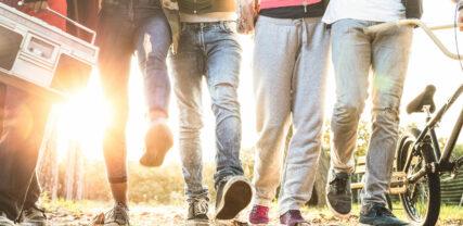 teinit kävelyllä