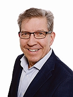 Valtuutettu Mikko J. Salminen